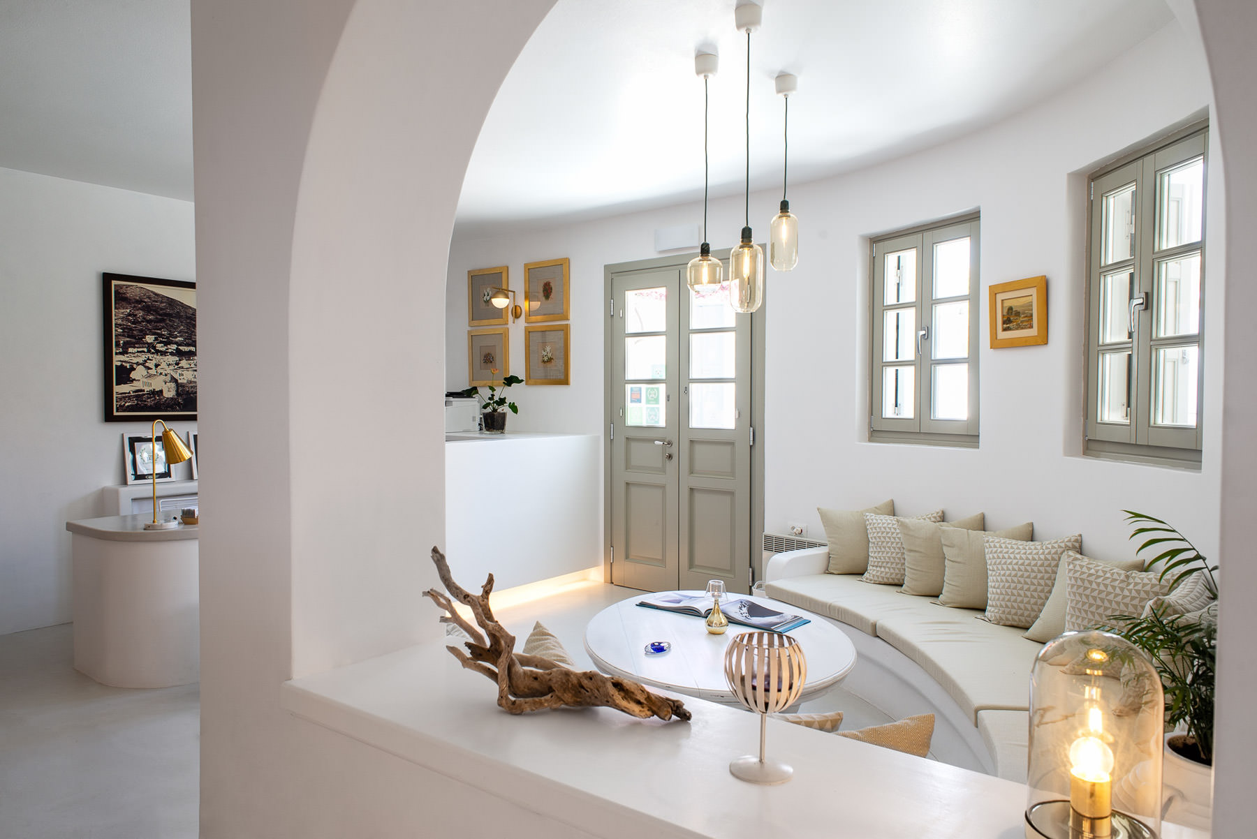 Anemomilos Apartments | Folegandros | Services & Facilities